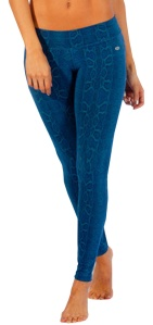 Snakeskin printed fitness leggings! Love the Year of the Snake